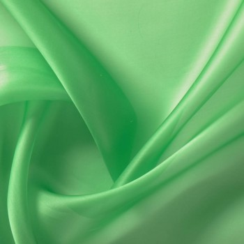 Green pistachio doris