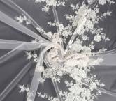 Tul bordado rosetÓn blanco