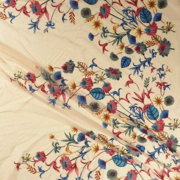 Floral embroidery rosa