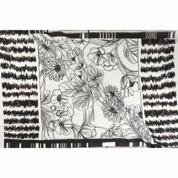 PiquÉ estampado flor pano 0.98cm blanco negro