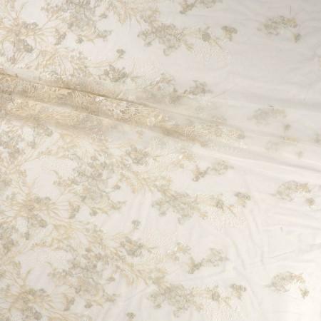 Ivory bordado almond flower