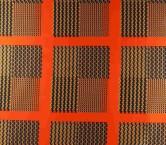Orange estampado geometrico pa