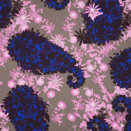 CrÊpe estampado flor azul rosa
