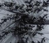 Black bordado pedreria